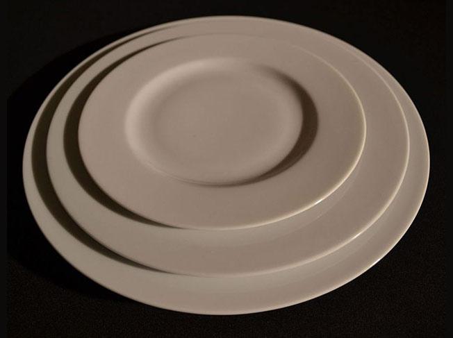 location vaisselle assiettes rennes ille et vilaine a rendre non lav e louer loueur livraison. Black Bedroom Furniture Sets. Home Design Ideas
