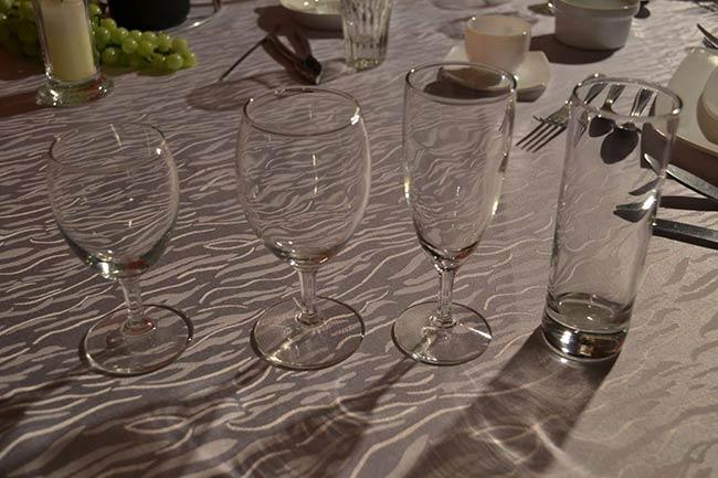 location vaisselle rennes couverts mat riel de r ception assiettes couverts verres a rendre non. Black Bedroom Furniture Sets. Home Design Ideas